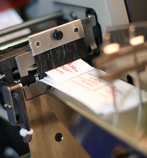 Изготовление бирки на бижутерию